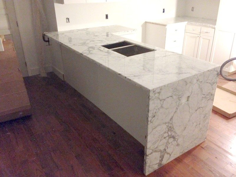Other-Commercial_Countertop_Carrara_Waterfall